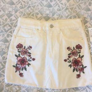 Pacsun white denim skirt 23